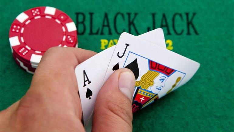 بلاك جاك الأموال الحقيقية